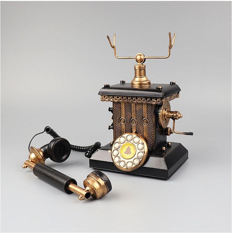 Mô hình điện thoại cổ điển tích hợp trang trí phòng khách, tủ rượu và quán cafe
