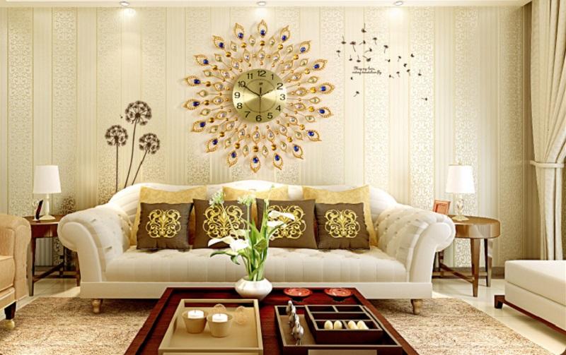 Trang trí tường với đồng hồ tinh xảo